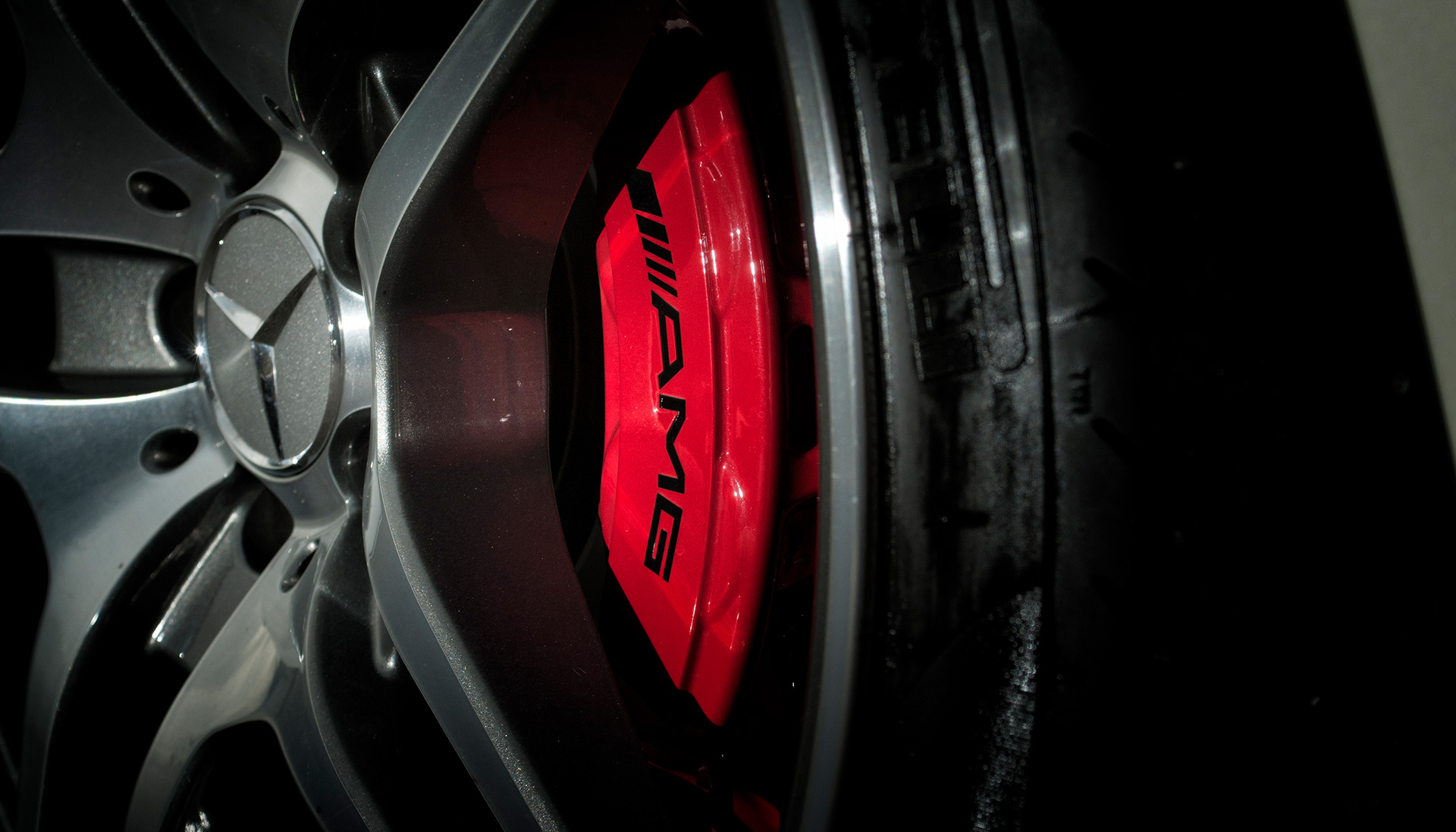 Mercedes SLS AMG Gullwing alloy wheel